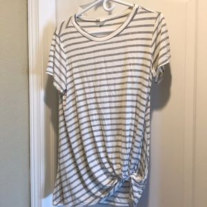 Oversized gray and cream stripe, side knot tunic.